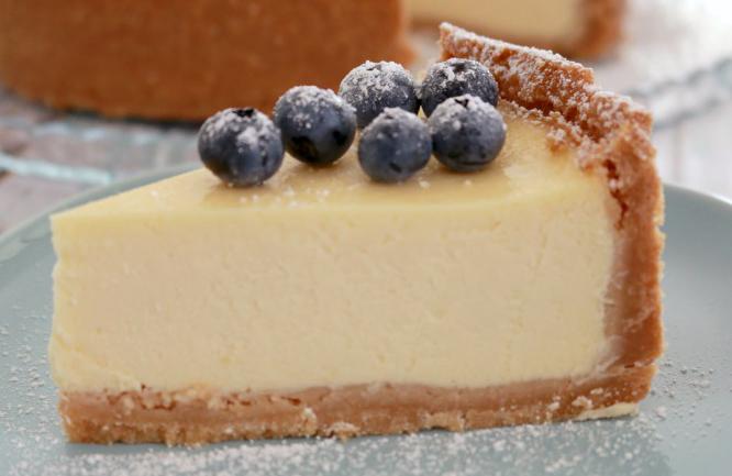 Bake-Play-Smile-baked-cheesecake-8